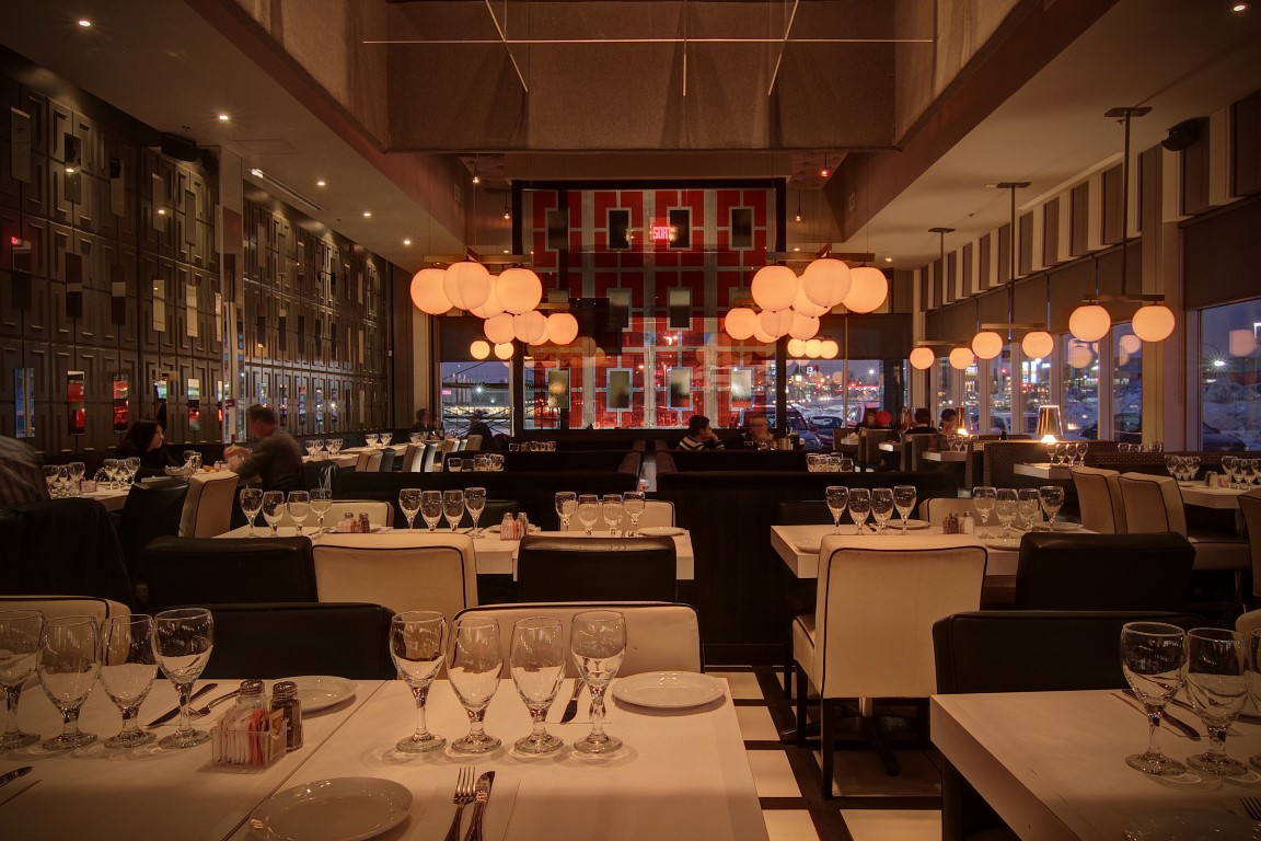 Italian restaurant | Pizza, pasta, mussels | Bring your own wine restaurant | Montreal | Laval | Gatineau.