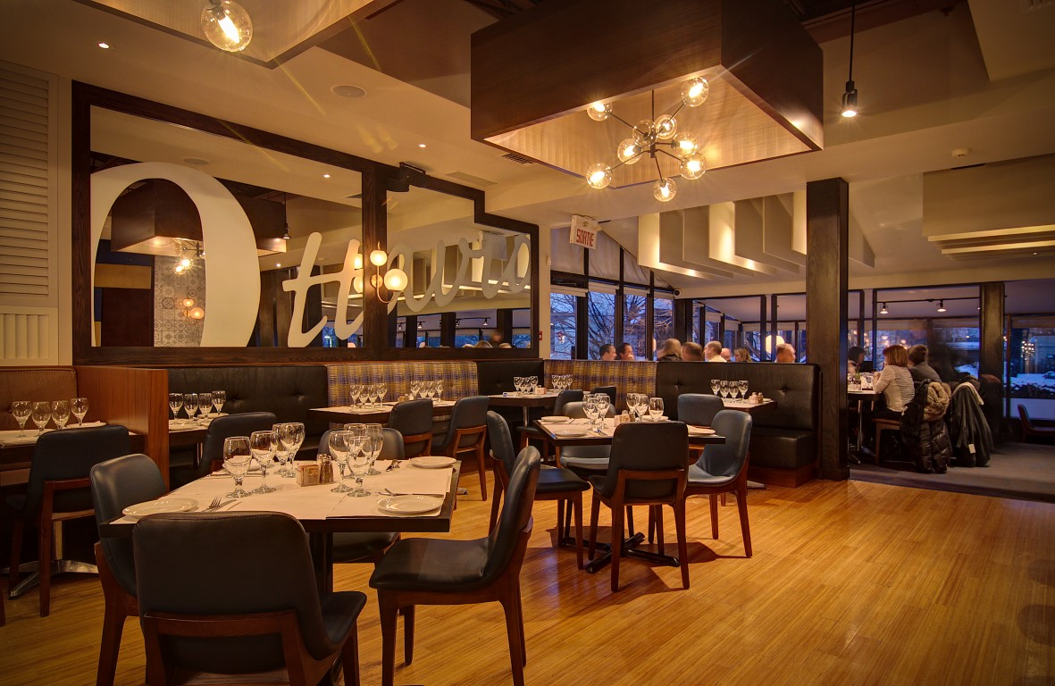 Italian restaurant Laval, pizza, pasta, mussels, bring your own wine restaurant.